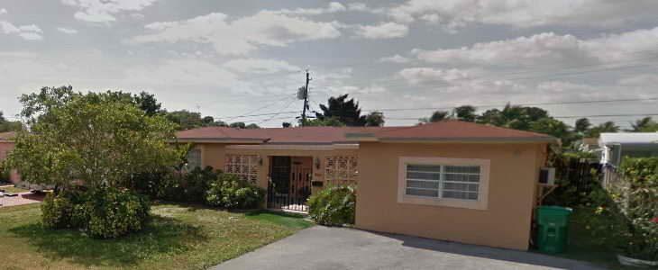 בית פרטי בעיר מיראמר, פלורידה